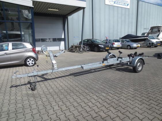 Boottrailer - 1350kg as ongeremd