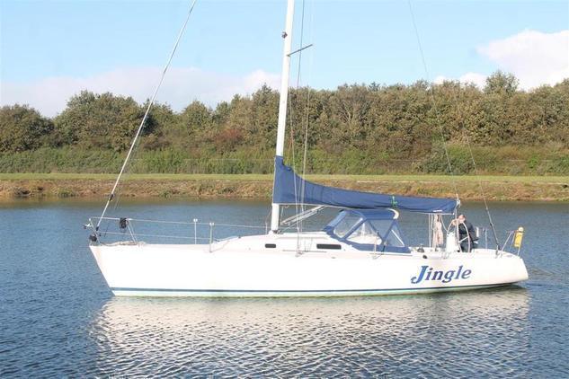 Boats J 22 - Brick7 Boten